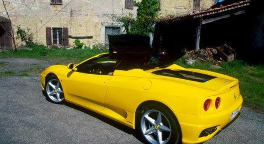 Ferrari 360 Spider i passende omgivelser og i en usædvanlig lakering. <br>Foto: Mads Wallentin