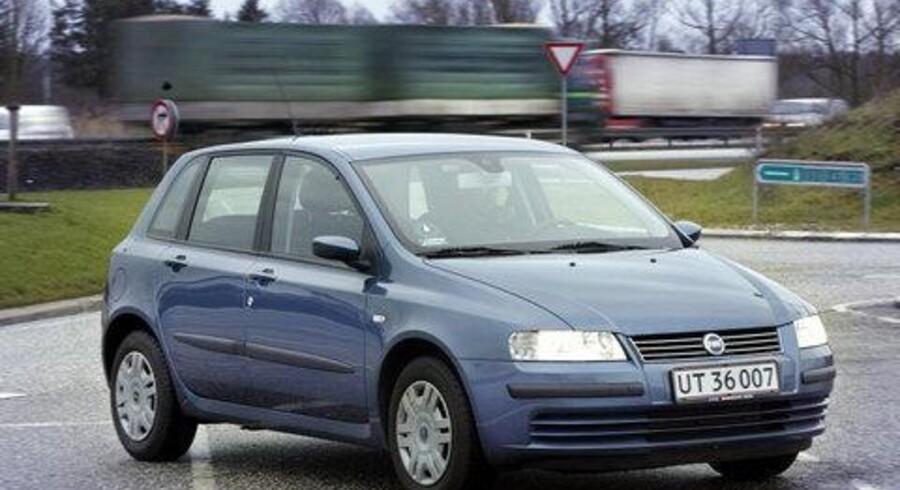 Fiat Stilo er Nyheden hos Fiat, bilprogrammet som efterfølger Bravo/Brava, og som i meget stor grad bygges på den nyeste elektronik.  Stilo er det italienske alternativ til Peugeot 307. <br>Foto: Søren Steffen