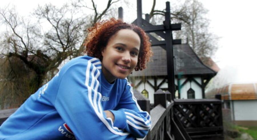 Josephine Touray er glad for at samle alle sine aktiviteter i København Tidligere har hun boet i Kolding, læst i Odense og spillet håndbold i Ikast. Det gjorde hende rastløs. <br>Foto: Claus Fisker