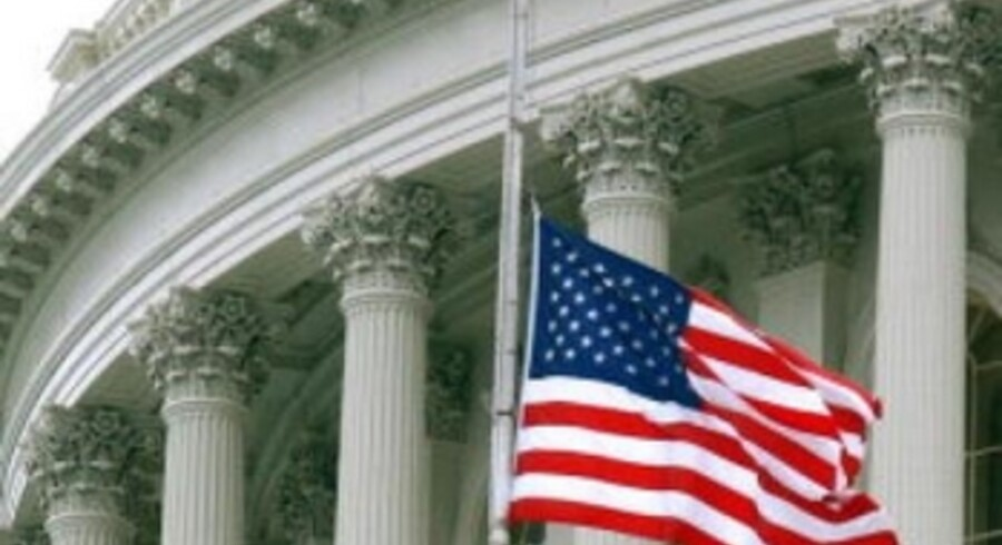"""På Capitol i Washington blev flaget sat på halv stang efter """"Columbias"""" styrt."""