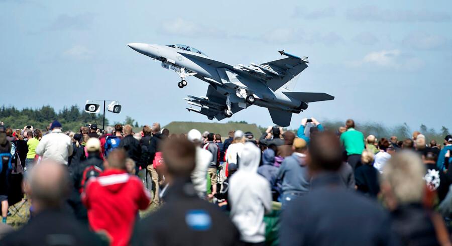 Boeing mener, at Kampflykontoret har vurderet prisen på deres fly, Super Hornet, til at være 50-100 procent for høj. (Arkivfoto)