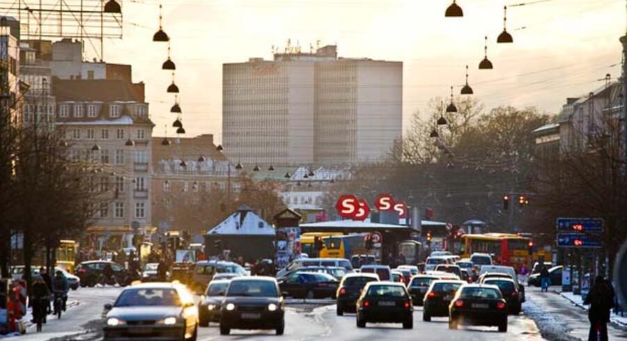 I tre år lukkes Ring 2 for gennemkørende trafik ved Nørreport Station, mens det travle trafikknudepunkt renoveres. Det anbefaler et flertal på Københavns Rådhus.