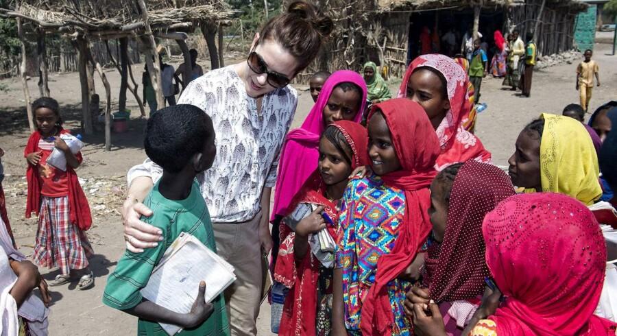 Kronprinsesse Mary og handels- og udviklingsminister Mogens Jensen (S) besøger Afambo distriktet i Etiopien. (Arkiv-billede)