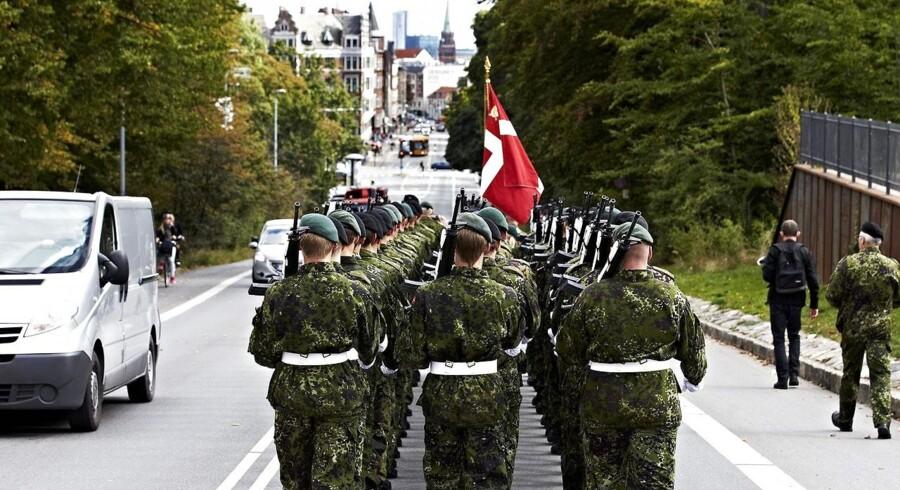 ARKIVFOTO. Flagdag for de danske soldater - her ved Søndermarken på Frederiksberg.