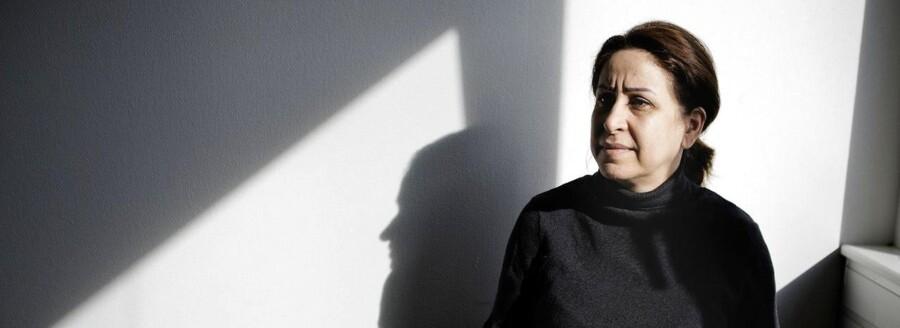 Beskæftigelsesminister Mette Frederiksen vil sætte en stopper for sanktioner til de såkaldte aktivitetsparate - de mest udsatte ledige. 49-årige Farkhondeh, som Berlingske har mødt, har været på kontanthjælp siden 2012.
