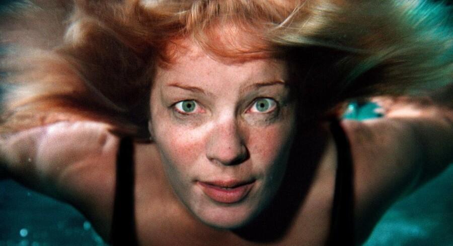 Berlingskes billedarkiv indeholder mere end 3.000 billeder af Lene Espersen, der nu stopper i dansk politik. Dette er taget i svømmehallen i 2001.