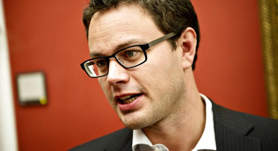 Jonas Dahl bliver ny skatteminister efter Holger K. Nielsen, som bliver ny Udenrigsminister efter Villy Søvndal.