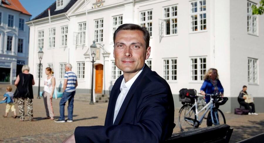 Venstres Claus Omann Jensen får borgmesterposten i Randers efter en lang nats forhandlinger.