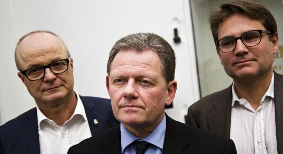 ARKIVFOTO. De Konservatives Mike Legarth (t.v.) meddeler nu, at partiet vil boykotte forhandlingerne om brændeafgiften.
