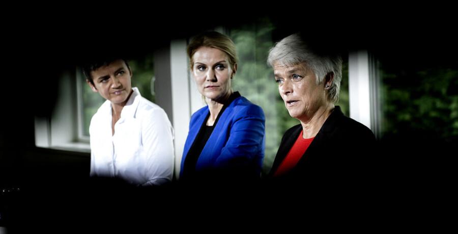 De tre regeringspartier har sammenlagt mistet cirka 9.400 medlemmer siden valgåret 2011.