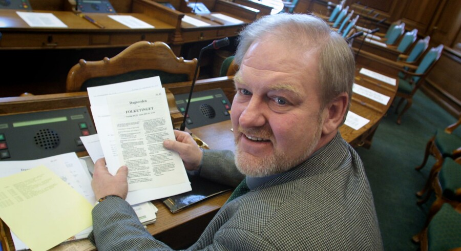 Foto fra da Egon Pleidrup Poulsen i 2001 var stedfortrædende i Socialdemokratiet og indkaldt til 14 dages tjeneste.