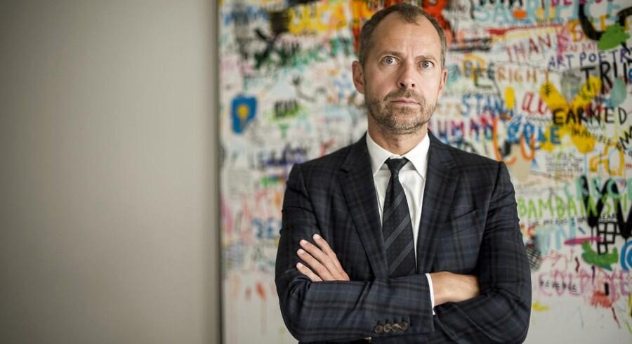 Partner hos Kammeradvokaten, Boris Frederiksen, har sammen med kollegaen, Jørgen Holst, fra Holst Advokater indtil nu fået udbetalt 96 mio. kr. i salær for at behandle konkursboet efter Amagerbanken.