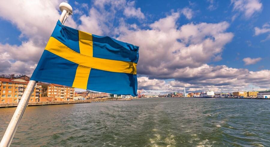 Den lave svenske kronekurs koster danske virksomheder både millioner på indtjeningen og arbejdspladser.