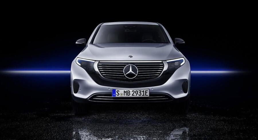 EQC er den første af en række elektriske modeller fra Mercedes-Benz' nye mærke. EQC starter med to elmotorer med en ydelse på 408 hk og et batteri med en kapacitet på 80 kWh, som skulle række til mindst 450 km på en opladning