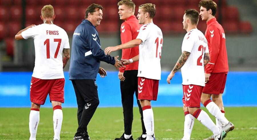 Selv om det danske fodboldlandshold stillede med et hold af ukendte spillere i onsdagens venskabskamp mod Slovakiet, var der stor interesse for at se kampen i fjernsynet.