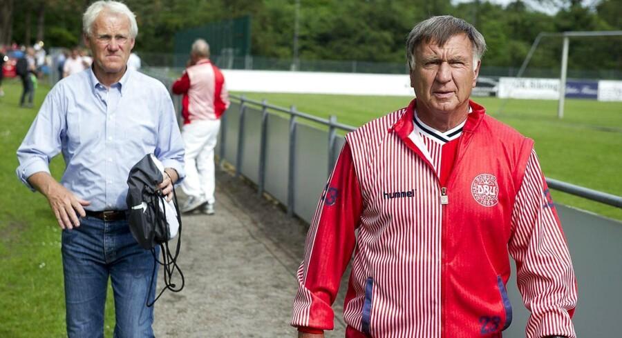 I 2011 fejrede VM-heltene fra 1986 25-års jubilæum på Vedbæk Stadion. Dengang var Sepp Piontek landstræner, og Morten Olsen spiller. Begge begræder den nuværende situation på landsholdet.