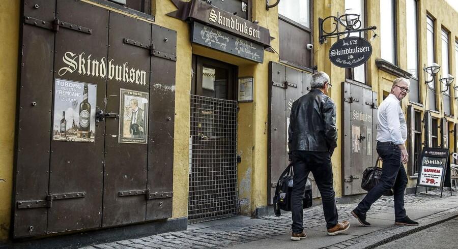 Det knap 300 år gamle værtshus Skindbuksen er blevet købt af ejendomsinvestoren Anders Vestergaard-Jensen, som vil genåbne den historiske beværtning. Arkivfoto. Niels Ahlmann Olesen.