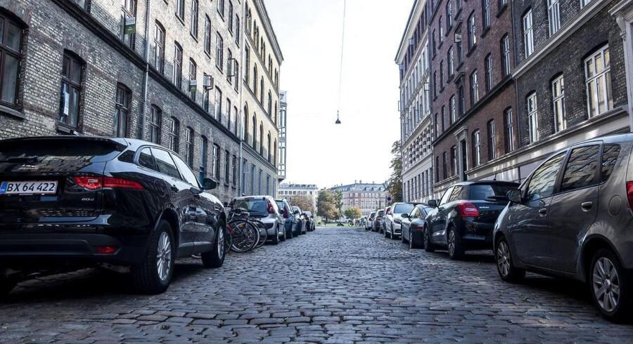 Kommunerne har sammenlagt haft 925.130.594 millioner i indtægter fra parkering i 2017. Det er godt 140 millioner mere end i 2014. Det viser en undersøgelse fra FDM. Her kan du se, hvor indtægterne var størst.