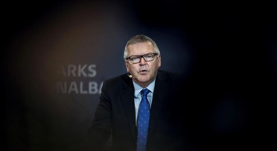 En teknikalitet er skyld i, at Nationalbanken nedjusterer sit skøn for den danske vækst i BNP. Det fremgår af Nationalbankens økonomiske prognose, der er blevet offentliggjort onsdag morgen. ARKIVFOTO af nationalbankdirektør Lars Rohde (Foto: Liselotte Sabroe/Scanpix 2017)