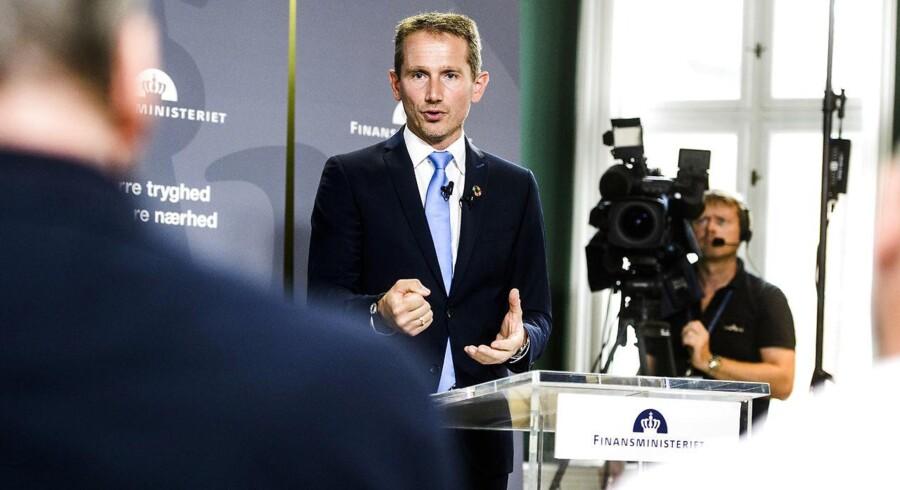 Finansminister Kristian Jensen (V) ved præsentationen af finanslovsforslaget for 2019. Han mener, at forslaget viser, at regeringen vil sikre, at økonomien ikke bliver overophedet. (Foto: Jonas Olufson/Ritzau Scanpix)