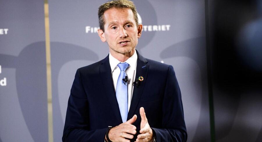 Finansminister Kristian Jensen (V) kalder EU's bankunion for en »meget sund model, der fordeler risikoen rigtigt, altså aktionærerne først og staterne til sidst.«