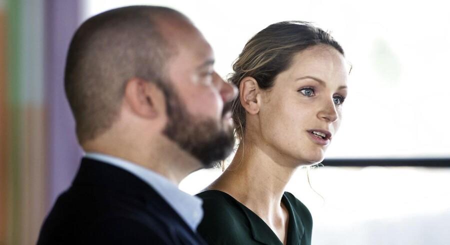 Pernille Skipper og Nikolaj Villumsen, spidskandidat til EU-Parlamentet under Enhedslistens pressemøde efter sommergruppemødet 20. august 2018.