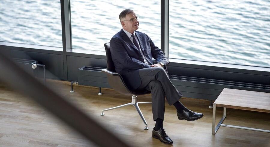Der er store indbyrdes forskelle på, hvor mange aktier topcheferne har i deres selskaber. Højdespringeren er direktør for det danske biotekselskab Genmab, Jan van de Winkel, der har aktier til en værdi af 700 mio. kr.
