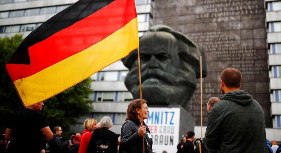 Statuen af Karl Marx i byen Chemnitz tæt på, hvor mordet på en tysk-cubaner fandt sted i slutningen af august 2018. Tyskerne skændes nu gevaldigt om de efterfølgende demonstrationerne.
