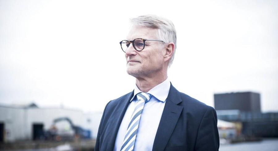 Vækstfondens direktør, Christian Motzfeldt, var forleden ude at kritisere First North og noteringschef Carsten Borring for at tage selskaber, der ikke var modne til børsnotering, ind i minibørsen.
