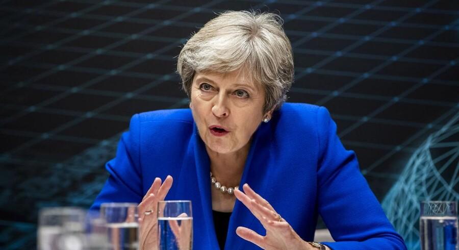 Kampen om Brexit rykker hjem til Storbritannien. Det kan meget vel blive mere dramatisk end de trods alt ordnede forhandlinger, som har foregået mellem Storbritannien og EU.