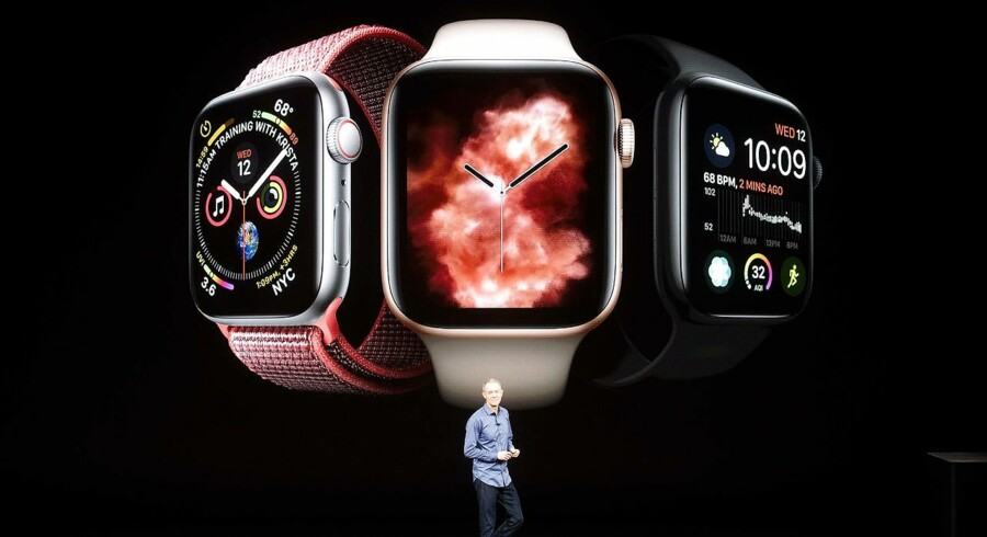 Apple COO Jeff Williams discusses Apple Watch Series 4 during an event on September 12, 2018, in Cupertino, California. - New iPhones set to be unveiled Wednesday offer Apple a chance for fresh momentum in a sputtering smartphone market as the California tech giant moves into new products and services to diversify. Apple was expected to introduce three new iPhone models at its media event at its Cupertino campus, notably seeking to strengthen its position in the premium smartphone market a year after launching its $1, 000 iPhone X. (Photo by NOAH BERGER / AFP)