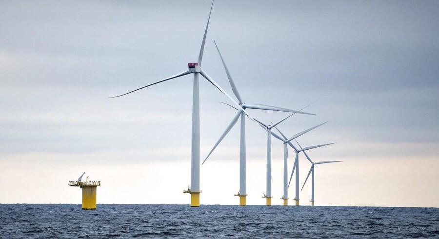 Møllerne i de to kystnære parker står på rækker optimale for vinden. Det betyder, at de får en meget høj produktion.