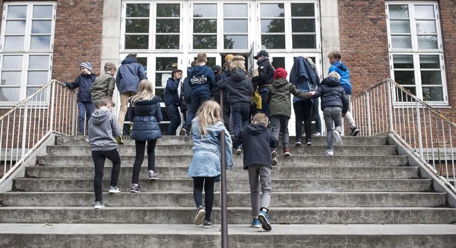 Trods indsats igennem flere år er grænseoverskridende videoer med seksualiserende indhold stadig et udbredt fænomen på danske skoler. Billedet her er fra Christianshavns Skole, hvor en af videoerne stammer fra.