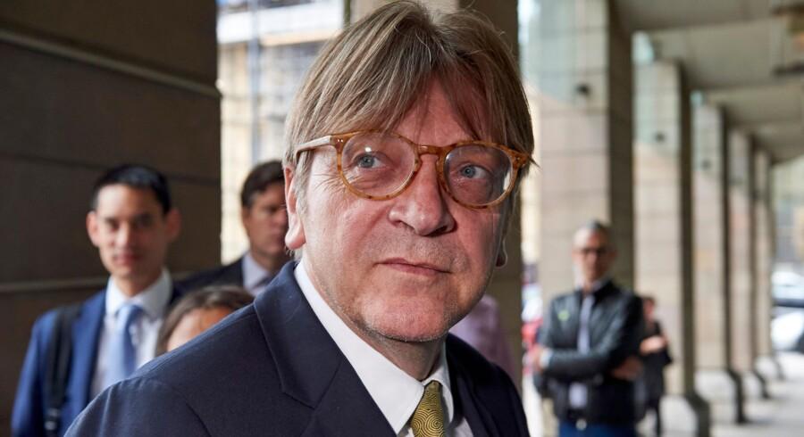 - Efter mødet mellem Ungarns Orban og Italiens Salvini kommer slaget i 2019 til at stå mellem populistiske nationalister og et proeuropæisk alternativ, siger Guy Verhofstadt, der leder den liberale Alde-gruppe i Europa-Parlamentet. Niklas Halle''n/Ritzau Scanpix