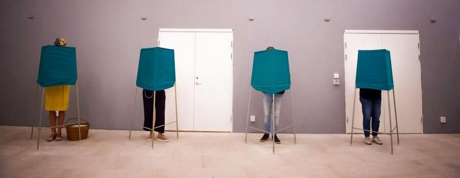 Vælgere i Stockholm søndag 8. september.