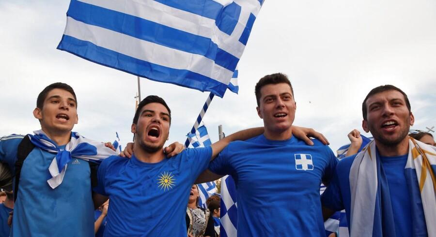 I de næste måneder og år vil grækerne få flere penge mellem hænderne, siger Grækenlands premierminister, Alexis Tsipras.