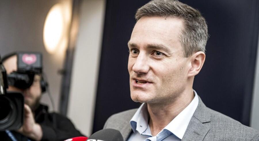 Erhvervsminister Rasmus Jarlov håber på flere danske aktionærer.