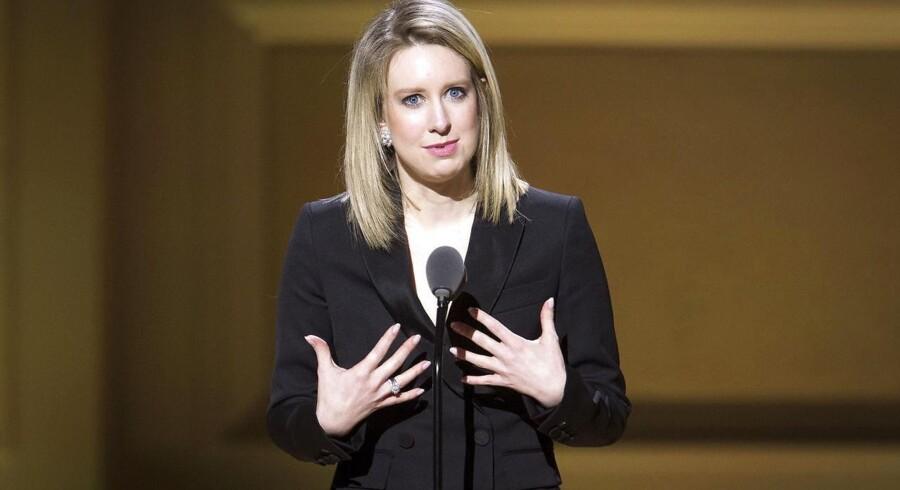 Theranos' tidligere topchef Elizabeth Holmes, som på et tidspunkt blev fejret på Wall Street og sammenlignet med Apples Steve Jobs, har erkendt sig skyldig i børssvindel