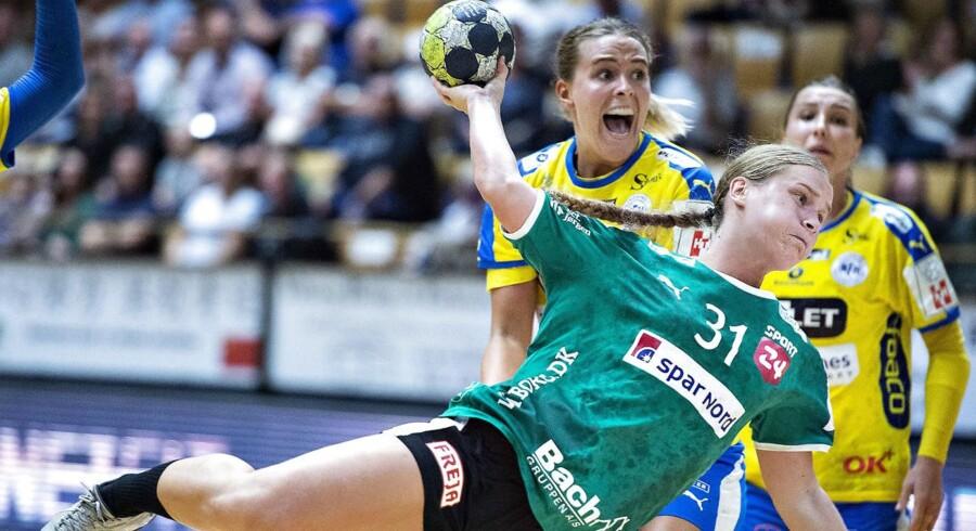 Dårligt forsvarsspil var en af årsagerne til, at Viborg HK tabte med ti mål i ligapremieren, mener Line Uno.