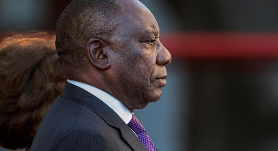 Sydafrikas præsident, Cyril Ramaphosa, vil på sigt gerne ekspropriere landbrugsområder uden at betale erstatning. For i dag ejer det hvide mindretal i landet langt størstedelen af jorden i Sydafrika. Pool New/arkiv/Reuters