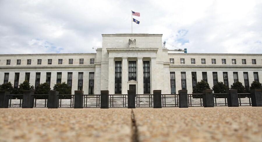 Cheferne i den amerikanske centralbank, Federal Reserve, noterede sig på deres seneste rentemøde, at det sandsynligvis »snart« ville være passende med en renteforhøjelse mere. Alle deltagerne på mødet pegede samtidig på, at handelskrigen er årsag til usikkerhed og risici.