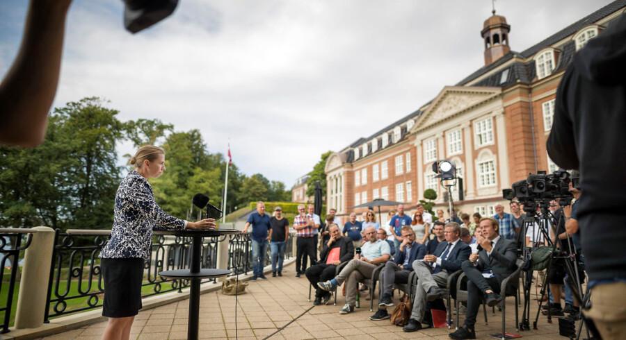 Mette Frederiksen møder pressen i forbindelse med, at Socialdemokratiet afholder sommergruppemøde på Hotel Koldingfjord i Kolding, onsdag den 22. august 2018.