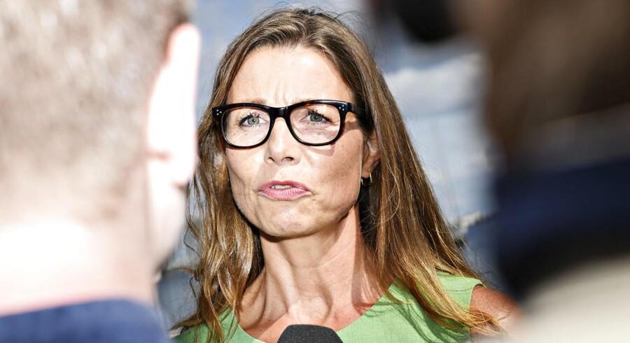 Pernille Weiss, efter Søren Pape Poulsen og Bendt Bendtsen har præsenteret hende som Det Konservative Folkepartis spidskandidat til det kommende Europa-Parlamentsvalg på et pressemøde tirsdag.