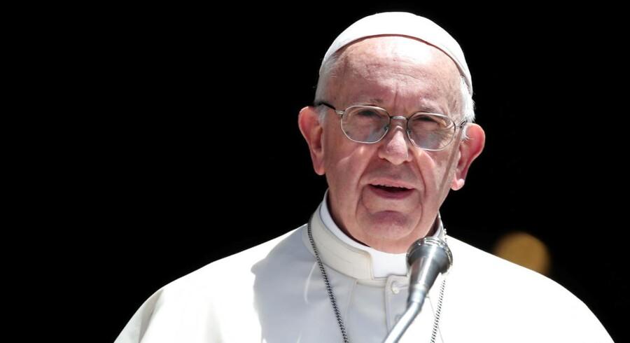 Paven erkender: Misbrugte børns klager er blevet gemt væk.
