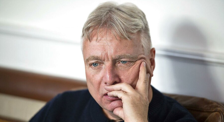 Uffe Elbæk ser med bekymring, at demporatiske institutioner er under pres. Han fremlægger nu en samlet plan for, hvordan demokratiet skal forhandres, hvis han bliver statsminister.