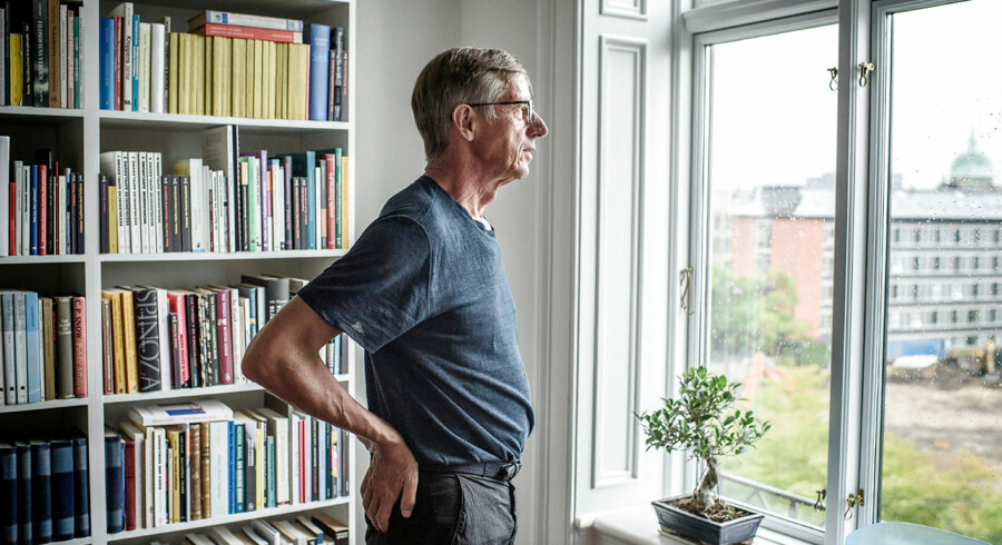 Professor Lars Qvortrup i sit hjem