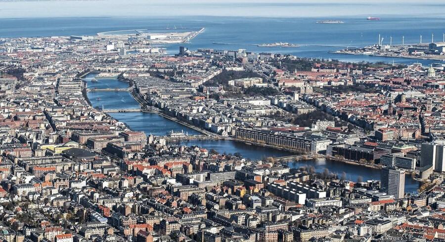 BMINTERN - Søerne i København og udsigt over Øresund og det nye byggeri i Københavns havn.
