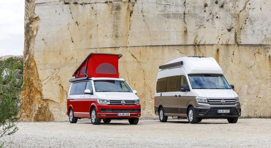 Den nuværende Volkswagen T6 California ved siden af den nye Grand California, der til forskel fra den nuværende California er baseret på den store varevogn Crafter. Foto: PR