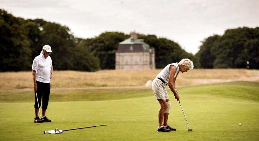 Selvom golf er blevet lidt af en folkesport, er der stadig nogle klubber, der er mere eksklusive end andre. Billedet her er fra Københavns Golf Klub i Dyrehaven.