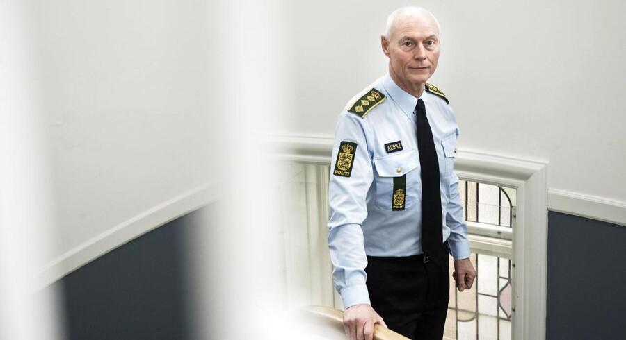 Rigspolitichef Jens Henrik Højbjerg har været den øverste chef i dansk politi siden 2009. Tidligere har han været vicedirektør i Europol og politidirektør i Nordjyllands Politi. Som rigspolitichef er Jens Henrik Højbjerg ansvarlig for politiets opgaver i hele landet og er overordnet myndighed i forhold til politikredsene.